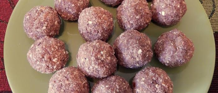 Apple Pie Protein Balls 1