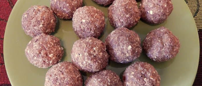 Apple Pie Protein Balls 1
